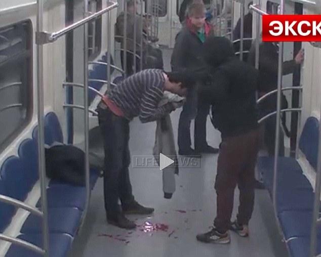 amyntika.gr : th3 Εν ψυχρώ πυροβολισμός μέσα στο μετρό