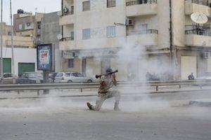 Τουλάχιστον 18 νεκροί στη Λιβύη σε μάχες μεταξύ ισλαμιστών και στρατού