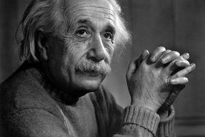 Αϊνστάιν: Ο καπιταλισμός είναι η πηγή του κακού