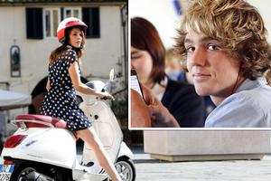 Οι 14χρονοι στην Ιταλία προτιμούν τα scooter από τα smartphones