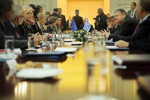 Έκκληση Σβόμποντα στην τρόικα να αναγνωρίσει τις ελληνικές προσπάθειες