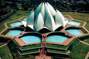 Τα 50 πιο παράξενα κτήρια του κόσμου