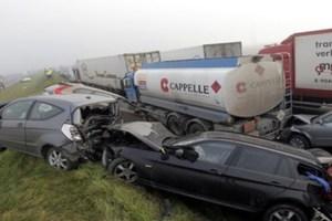 Καραμπόλα 132 οχημάτων στο Βέλγιο