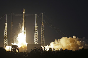 Η SpaceX εκτόξευσε τον πρώτο της τηλεπικοινωνιακό δορυφόρο