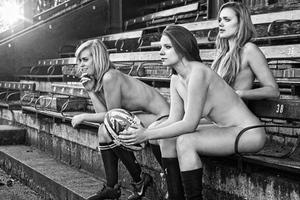 Γυμνή φωτογράφιση για τη γυναικεία ομάδα ράγκμπι της Οξφόρδης