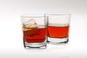 Το ουίσκι έχει καλύτερη γεύση αραιωμένο με λίγο νερό