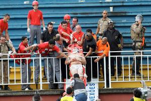 Πρωτοφανής βία σε ματς στη Βραζιλία