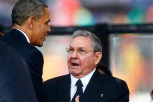 Τηλεφωνική επικοινωνία Ομπάμα- Κάστρο