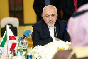 «Ο υπουργός Εξωτερικών δεν είναι αρμόδιος για στρατιωτικά θέματα»