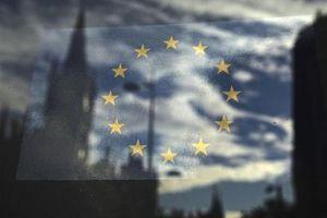 Βελτίωση των προοπτικών της ευρωζώνης βλέπει η Markit