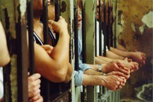Αμνηστία στους πολιτικούς κρατούμενους στη Μιανμάρ