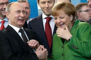 Συνάντηση Πούτιν-Μέρκελ στον τελικό