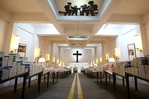 Ο υπόγειος «ναός» των βιβλιόφιλων