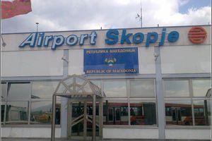 Ομίχλη και νέφος έκλεισαν το αεροδρόμιο των Σκοπίων