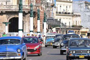 Έξαλλοι οι Κουβανοί με τις τιμές των νέων αυτοκινήτων