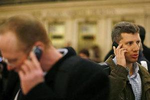«Το Βερολίνο έκλεινε τα μάτια στην κατασκοπεία της NSA»