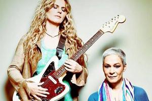 Τσαλιγοπούλου-Κανά καλωσορίζουν το 2014