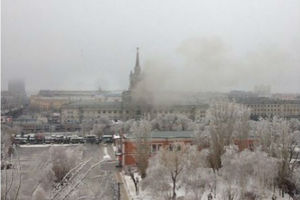 Τουλάχιστον 10 νεκροί από την επίθεση σε σιδηροδρομικό σταθμό στη ρωσία