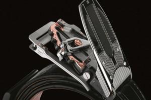 Ζώνη Bugatti αξίας 84.000 δολαρίων
