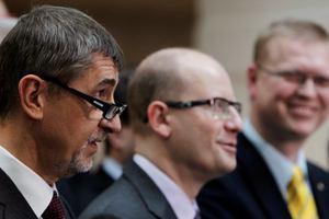 Ο πρωθυπουργός της Τσεχίας ανακαλεί την απόφασή του να παραιτηθεί