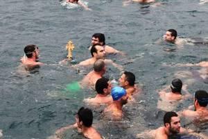 Το «παρών» στον αγιασμό των υδάτων έδωσε ο Ηλιόπουλος