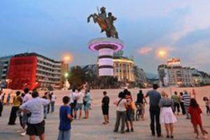 Ψώνια κάθε Σαββατοκύριακο στα Σκόπια για τους Έλληνες