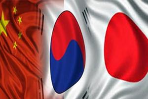 Το Τόκιο καλεί το Πεκίνο και τη Σεούλ σε διασκέψεις κορυφής