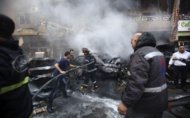 Τις πληγές του από τη διπλή βομβιστική επίθεση μετρά ο Λίβανος