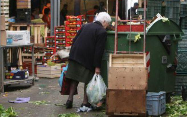 Στο όριο της φτώχειας 6,3 εκατομμύρια Έλληνες