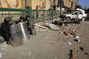 Νεκρός αστυνομικός μετά από έκρηξη στην Αίγυπτο