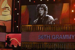 Απονεμήθηκαν τα βραβεία Grammy
