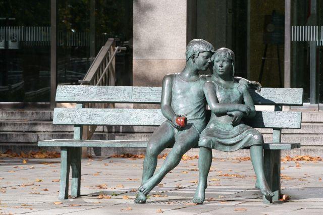 Τα...ερωτευμένα αγάλματα από όλο τον κόσμο!