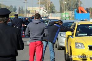 Κλειστό το ρεύμα προς Αθήνα στο ύψος της Χαλυβουργικής