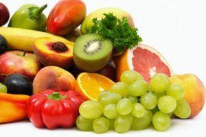 Προτιμήστε τα φρούτα από τους χυμούς