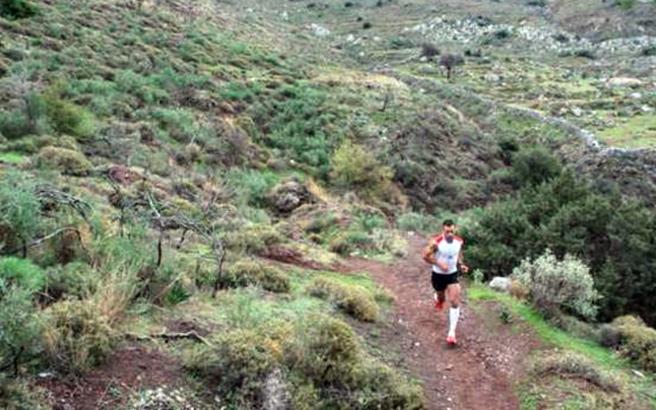 Αγώνες ορεινού τρεξίματος στην Ύδρα