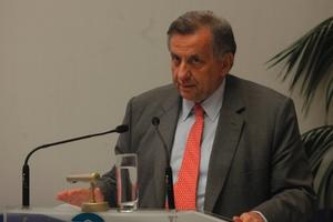 «Εντός του 2014 η αρχή της εξόδου από την κρίση»