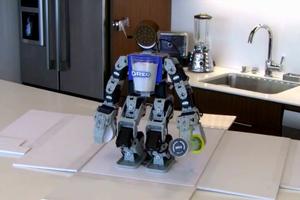 Κι όμως, υπάρχει ρομποτάκι που φτιάχνει μπισκότα!
