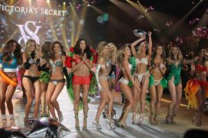Από ποιες χώρες είναι όλοι οι «άγγελοι» της Victoria's Secret