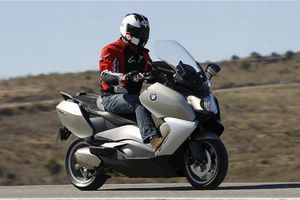 Ανακαλούνται μοτοσυκλέτες BMW