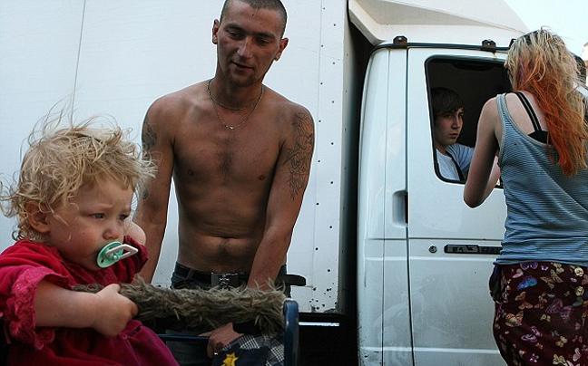 Οι φωτογραφίες μιας 2χρονης που σόκαραν τη Ρωσία