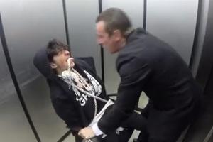 Πρόσωπο με πρόσωπο με ένα επαγγελματία εκτελεστή