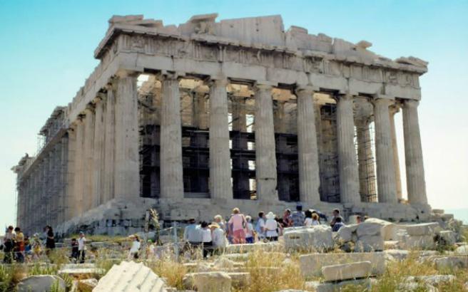 «Στην Ελλάδα επίκειται συνωστισμός τουριστών»
