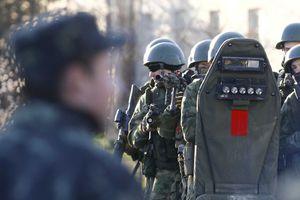 «Καμπάνα» σε οκτώ Ρώσους στρατιωτικούς από την Ε.Ε.