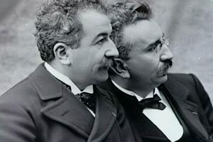 Τα αδέλφια της κινηματογραφίας Ογκίστ και Λουί Λιμιέρ
