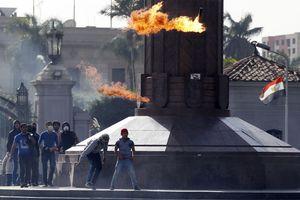 Νεκρός φοιτητής σε επεισόδια στο Κάιρο