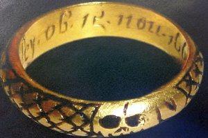 Βρήκε χρυσό δαχτυλίδι χαμένο εδώ και 400 χρόνια