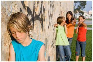 Επιρρεπή στο bullying τα παιδιά που περνούν λιγότερο χρόνο με τους μπαμπάδες