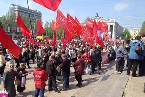 Φιλορώσοι κατέλαβαν την έδρα της εισαγγελίας στο Ντονέτσκ