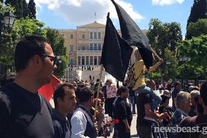 Στη Βουλή περισσότεροι από 5.000 διαδηλωτές