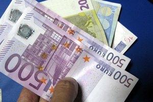 Αδειάζουν οι τσέπες των ελληνικών νοικοκυριών